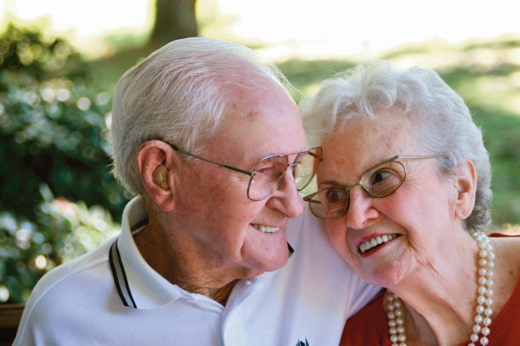 Tổ yến tốt cho người già